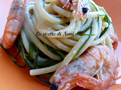 spaghettoni con gamberetti e agretti al profumo di zenzero