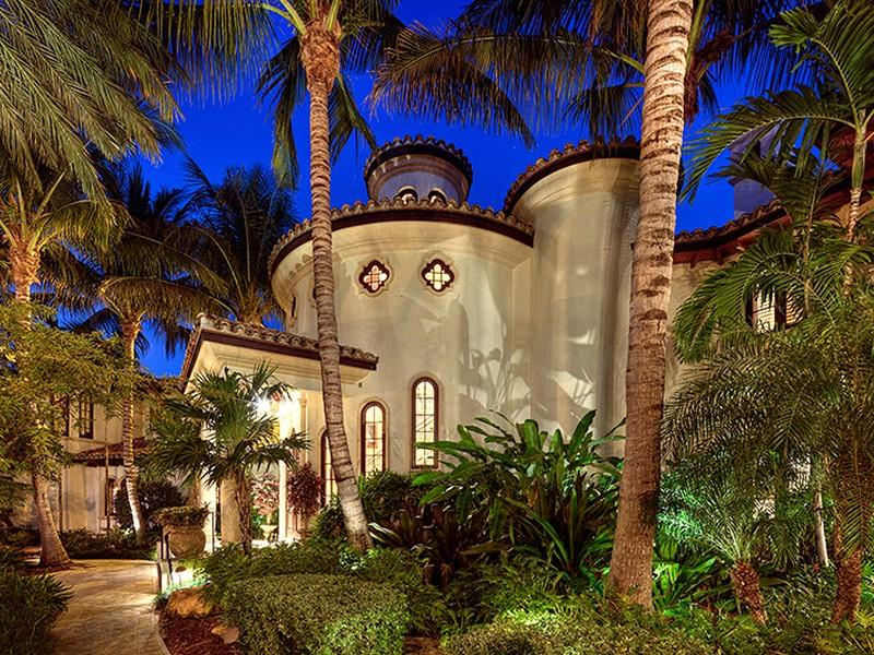 Architecture corner luxury mediterranean home florida Mediterranean home decor for sale