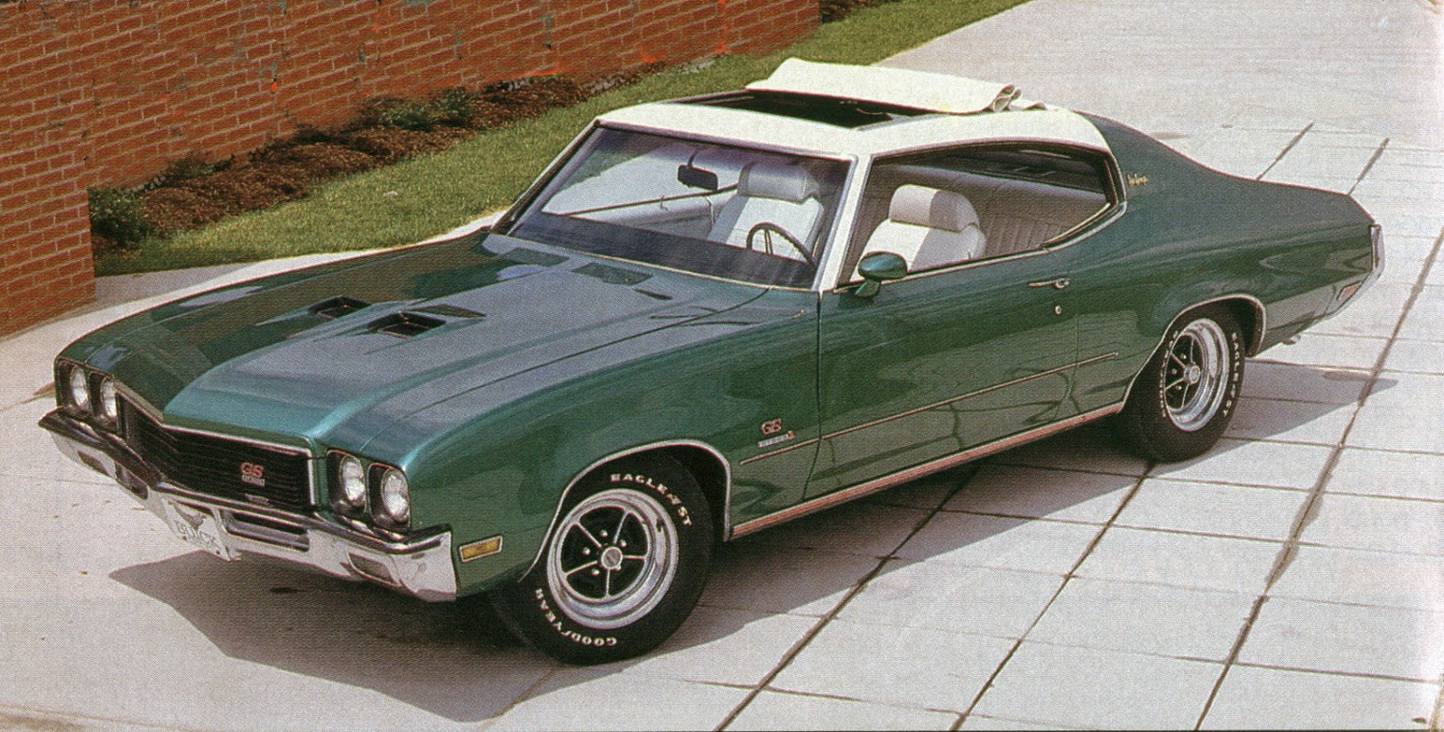 Elegant Buick Made 3.943 Of The. Sun Coupes In 1972, The Majority Were Base 350  Powered Cars.
