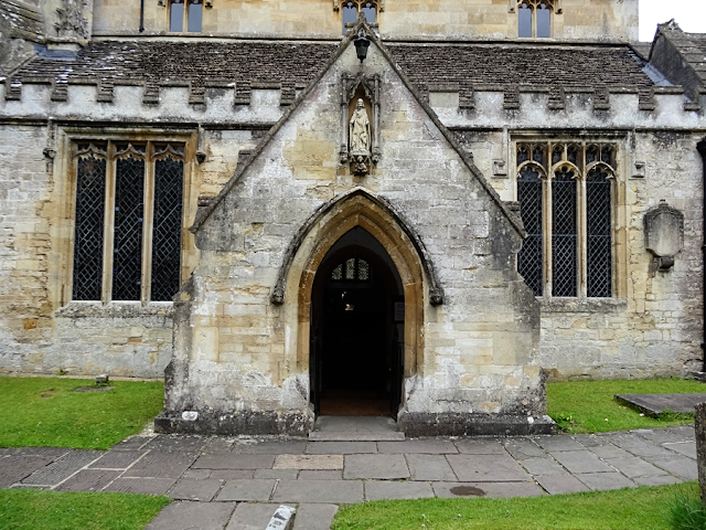 #historic #church #castlecomb #antique #stone #concrete #architecture #stainedglass #glass