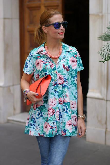 Kenzo stampa fiori, Kenzo shirt, Zara orange clutch, Fashion and Cookies, fashion blog