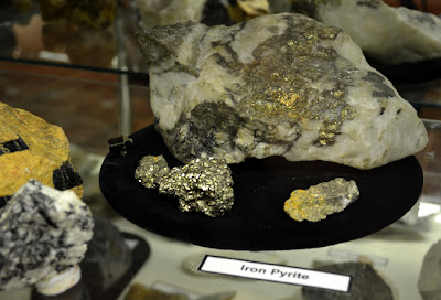 Gold and other minerals and precious metals on are display