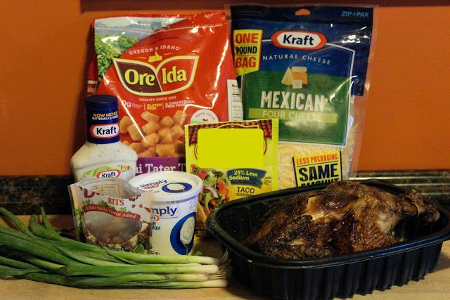 The ingredients needed for the tatchos.