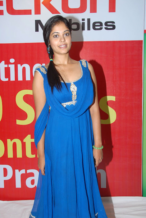 bindhu madhavi at celkon mobile successmeet, bindhu madhavi cute stills