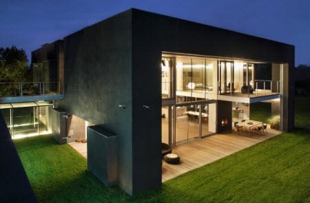 Safe House: La casa que se transforma en un fuerte