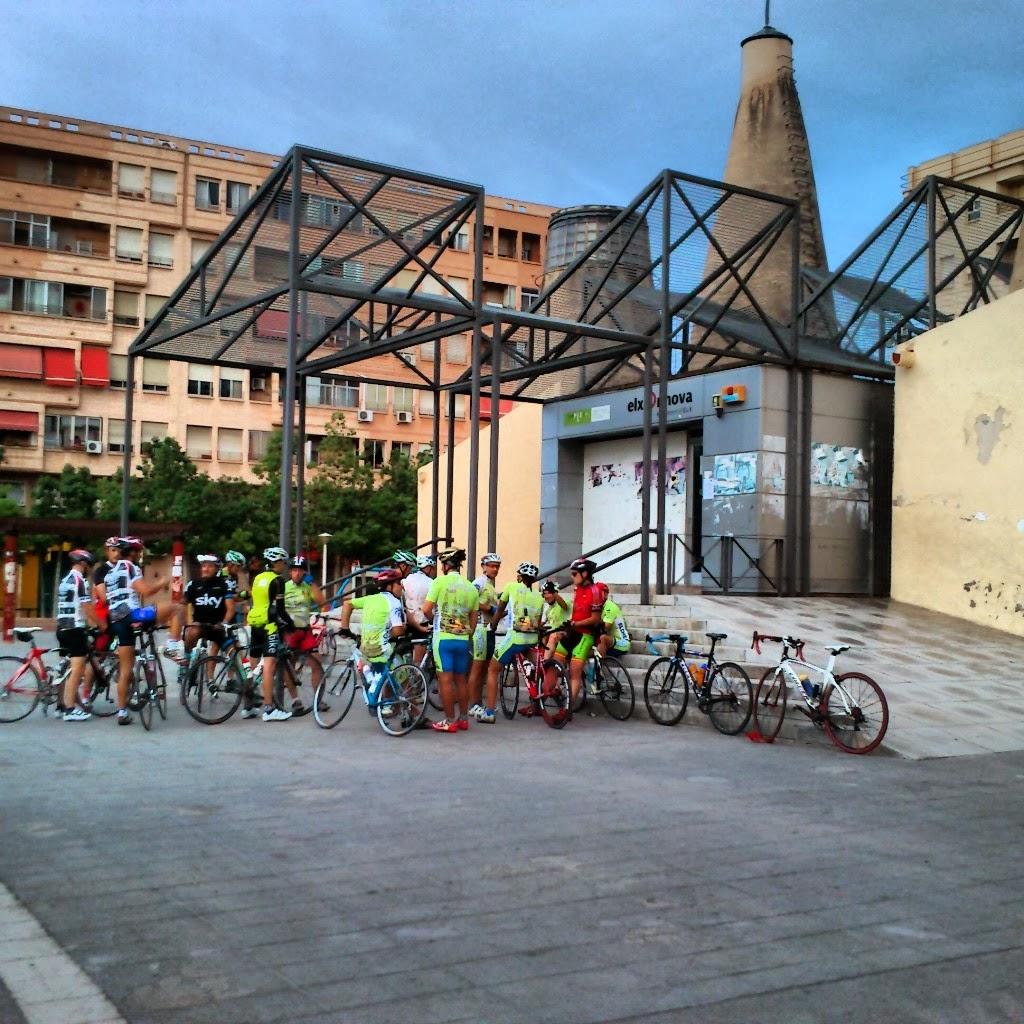 Club ciclista chimeneas elche domingo 5 enero 2014 ruta 73 - Chimeneas elche ...