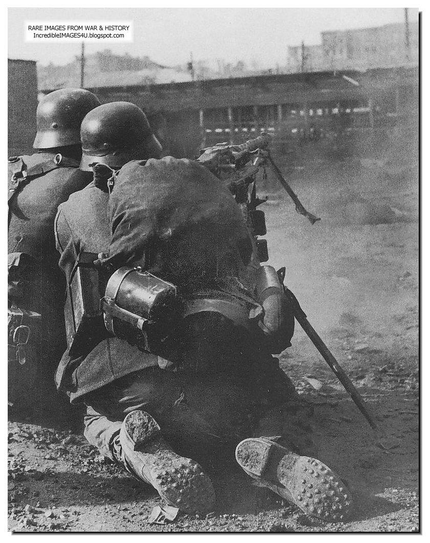 Blitzkrieg Lest We Forget EP