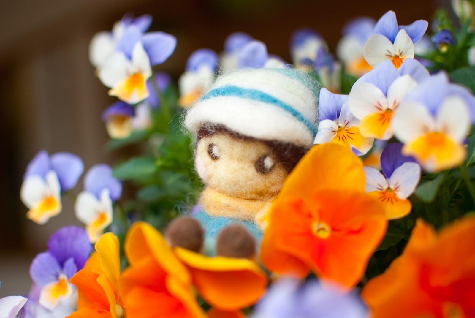 綺麗な花 旅のマスコット