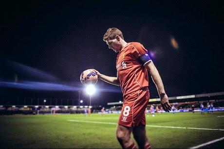 Seandainya Liverpool Lebih Cepat Tawari Gerrard Kontrak Baru