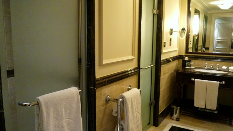 Langham hotel london bathroom