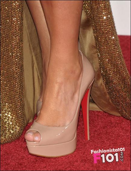 kim kardashian 2011 grammys. Grammy Awards 2011: Fashion,