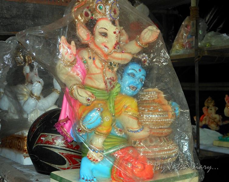 Ganesha idols, Ganesh Chaturthi Festival, Mumbai