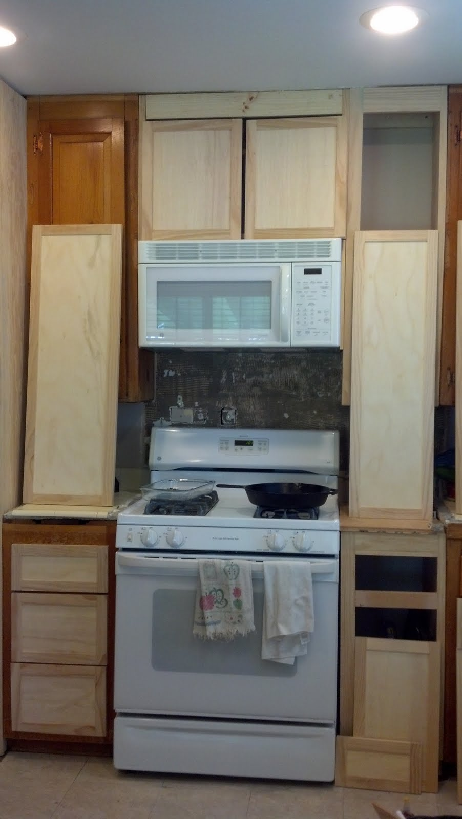 The Widow\'s Workshop: Kitchen update...