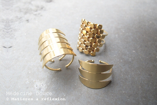 Bague dorée Médecine douce bijoux Javelot