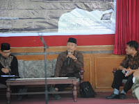 """KH. Abdul Jalil (Pimpinan Pondok Pesantren Darul Aman Gombara Makassar) ; """"Penjelasan Sistem Ekonomi Yang Sangat Lengkap"""""""