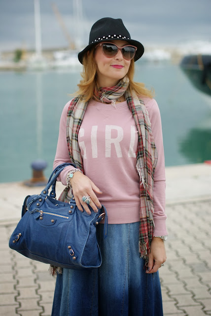 SUN68 girl sweatshirt, Stella McCartnet pink cat eye sunglasses,Replay fedora hat, Fashion and Cookies, fashion blogger