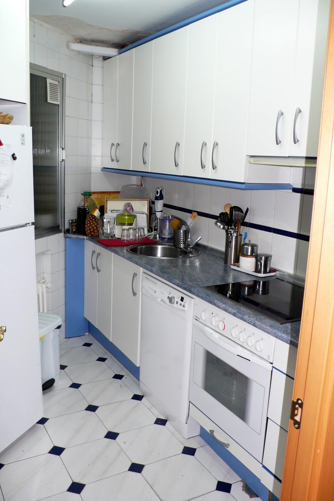 Croquis y detalle casa merci reforma de una cocina for Cocina vitroceramica
