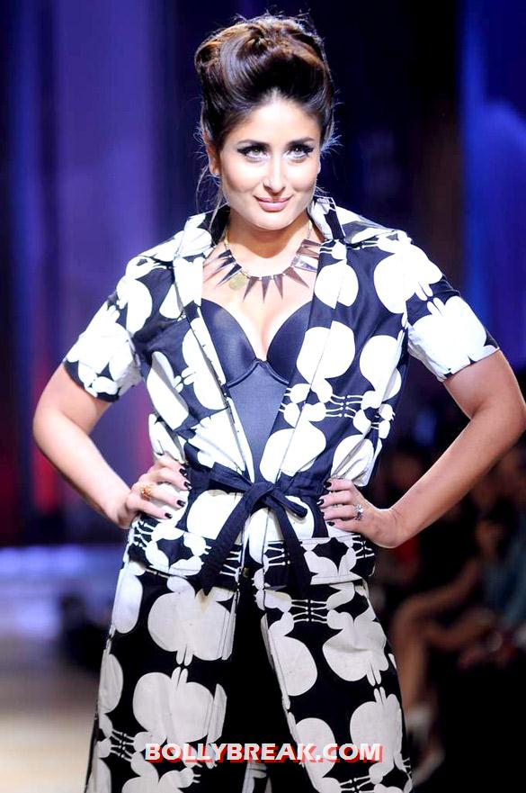 Kareena Kapoor - (5) - Kareena Kapoor walks at Lakme Fashion Week 2012 grand finale