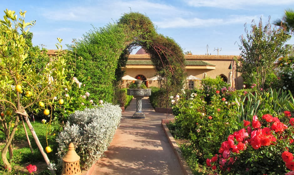 Taroudant Morocco  city photos gallery : The town has several small hotels catering to westerners, each with a ...
