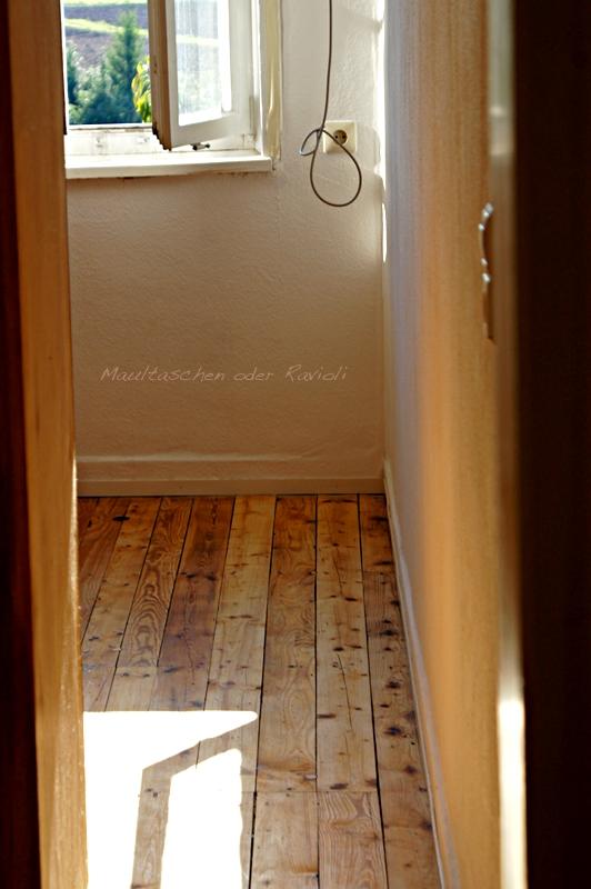maultaschen oder ravioli ein tag zum streichen. Black Bedroom Furniture Sets. Home Design Ideas