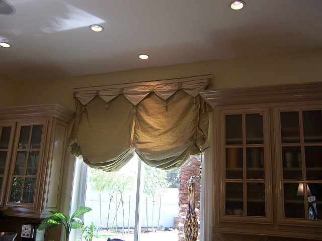 Balloon Drapes5