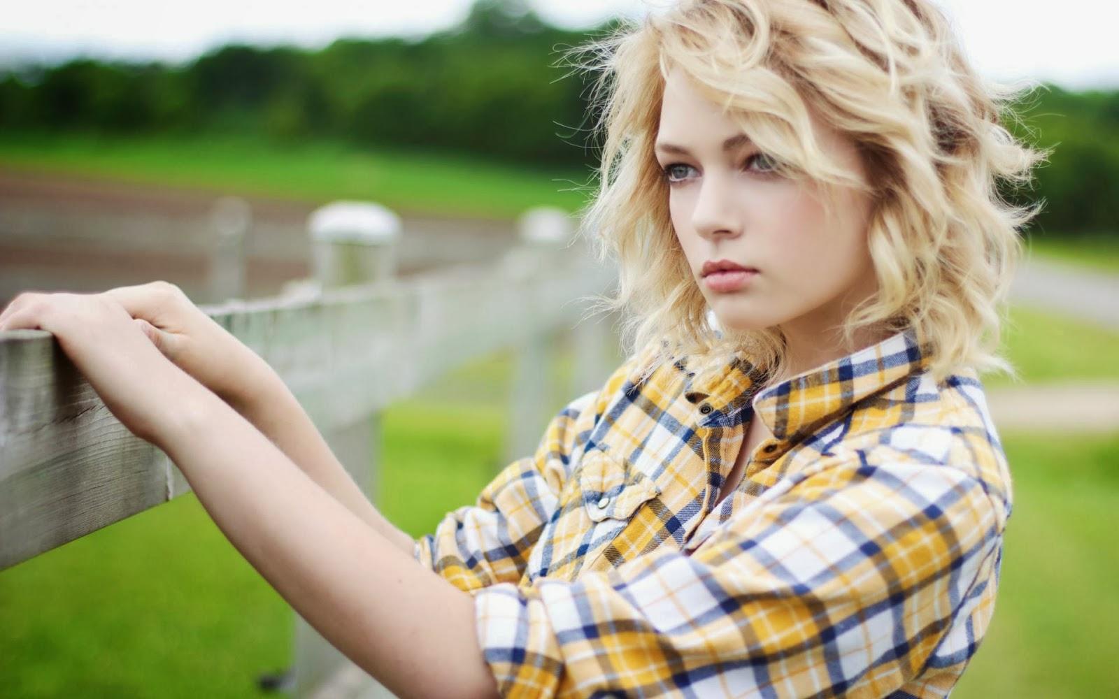 Hannah Duggan Model