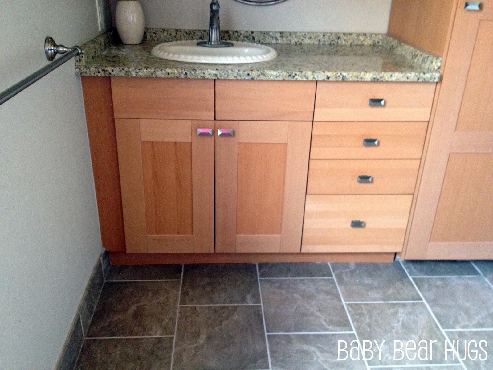 Vanity Nightclub Bathroom baby bear hugs: october 2012