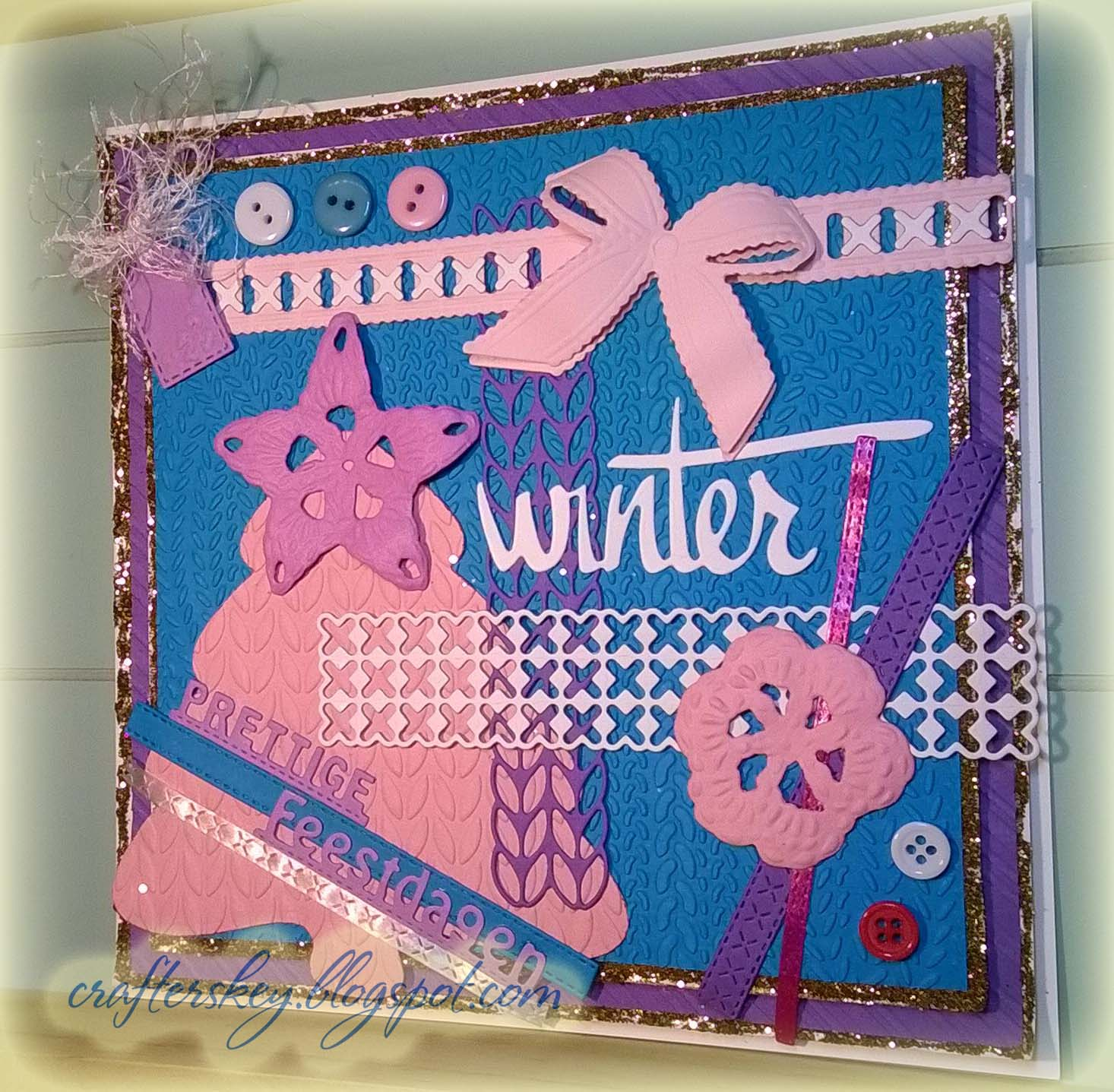 Knitting Patterns For Christmas Cards : Crafters Key: Knitted Christmas Card