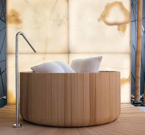 To Da Loos Have Barrels Of Fun In These Barrel Bathtubs
