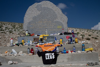 Simpson Memorial Mont Ventoux