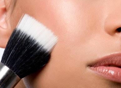 Dica: Como lavar pincéis de maquiagem
