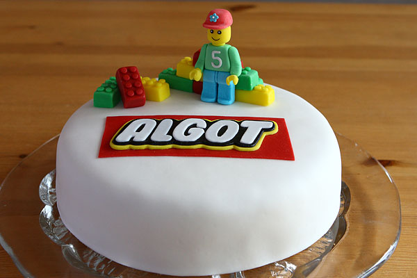 dekorera tårta dagen innan
