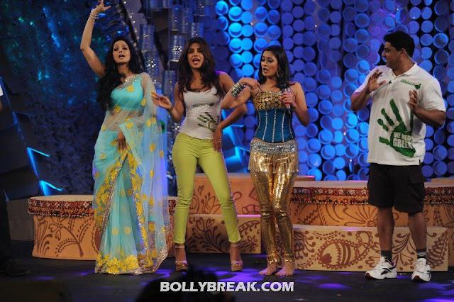 Sridevi, Priyanka Chopra & Shweta Tiwari  - Sridevi, Priyanka Chopra & Shweta Tiwari at Greenathon 2012.