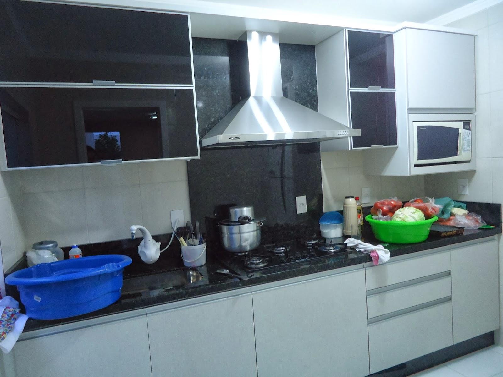 Cozinha Projeto e execução Arquiteta Naiara Loch #1249B8 1600 1200