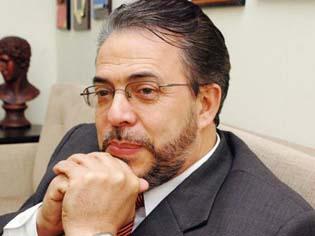 Moreno propone un debate