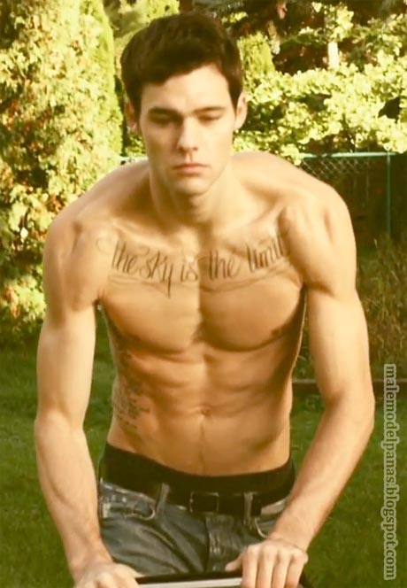 Holden Nowell muscles