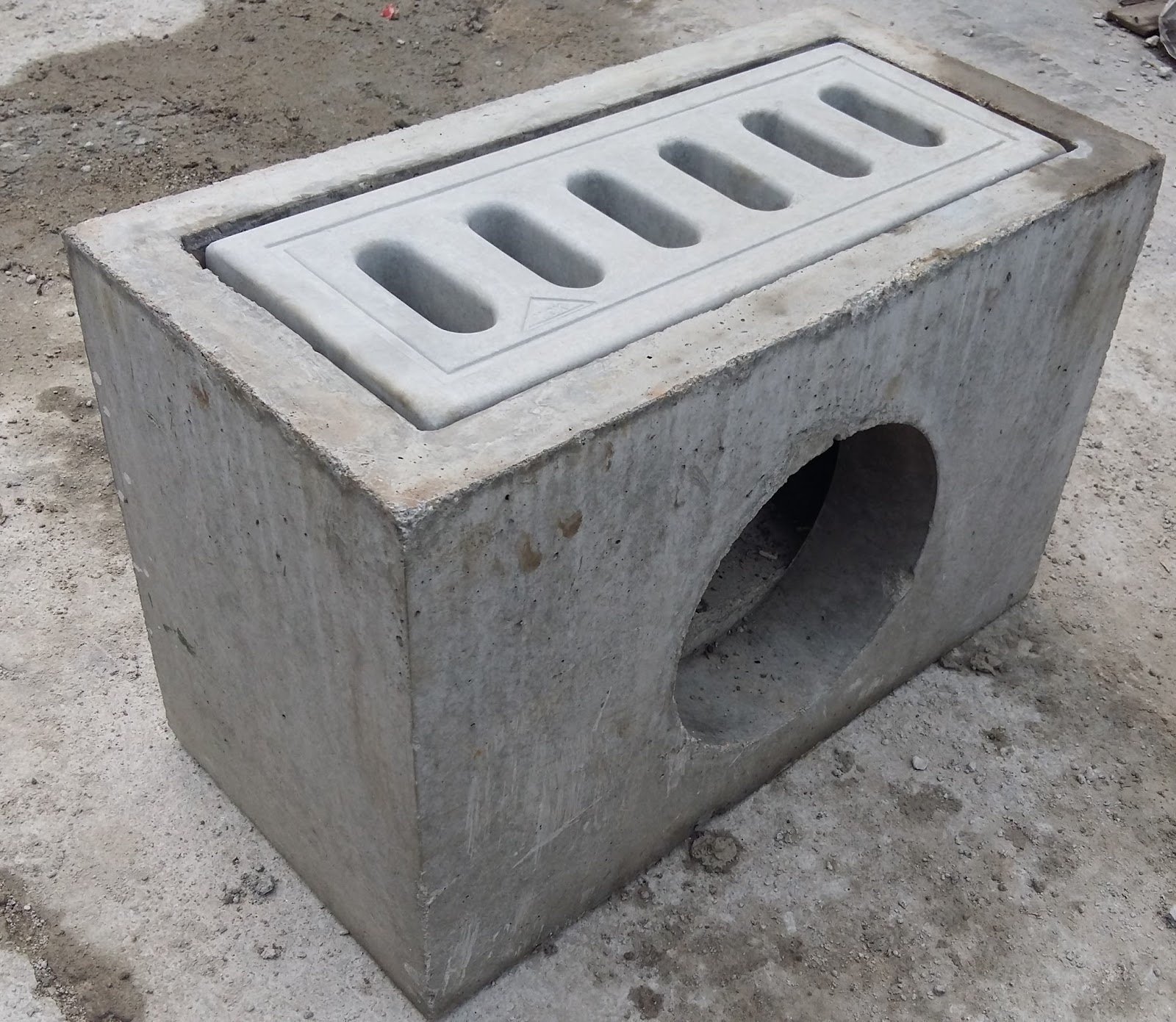 prestressed concrete Prestressed concrete: prestressed concrete, concrete reinforced by either pretensioning or posttensioning, allowing it to carry a greater load or span a greater.