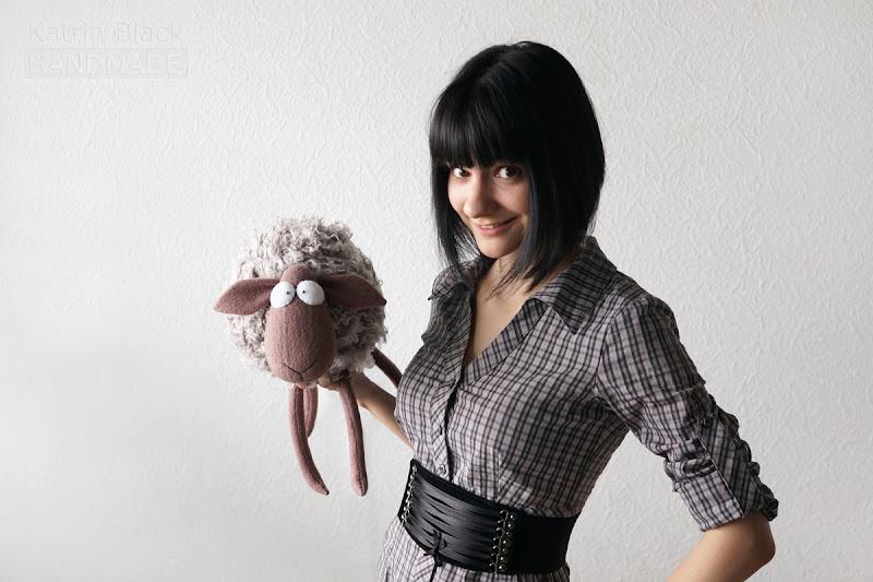 Прикольная игрушка овечка своими руками.