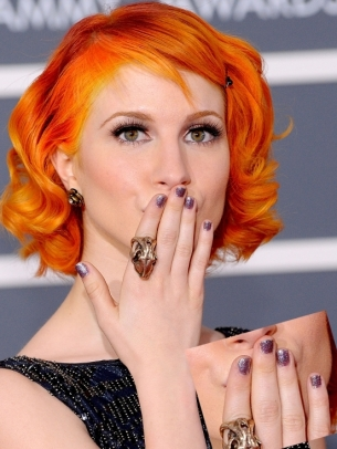 hayley williams haircut 2011. hayley williams hairstyles