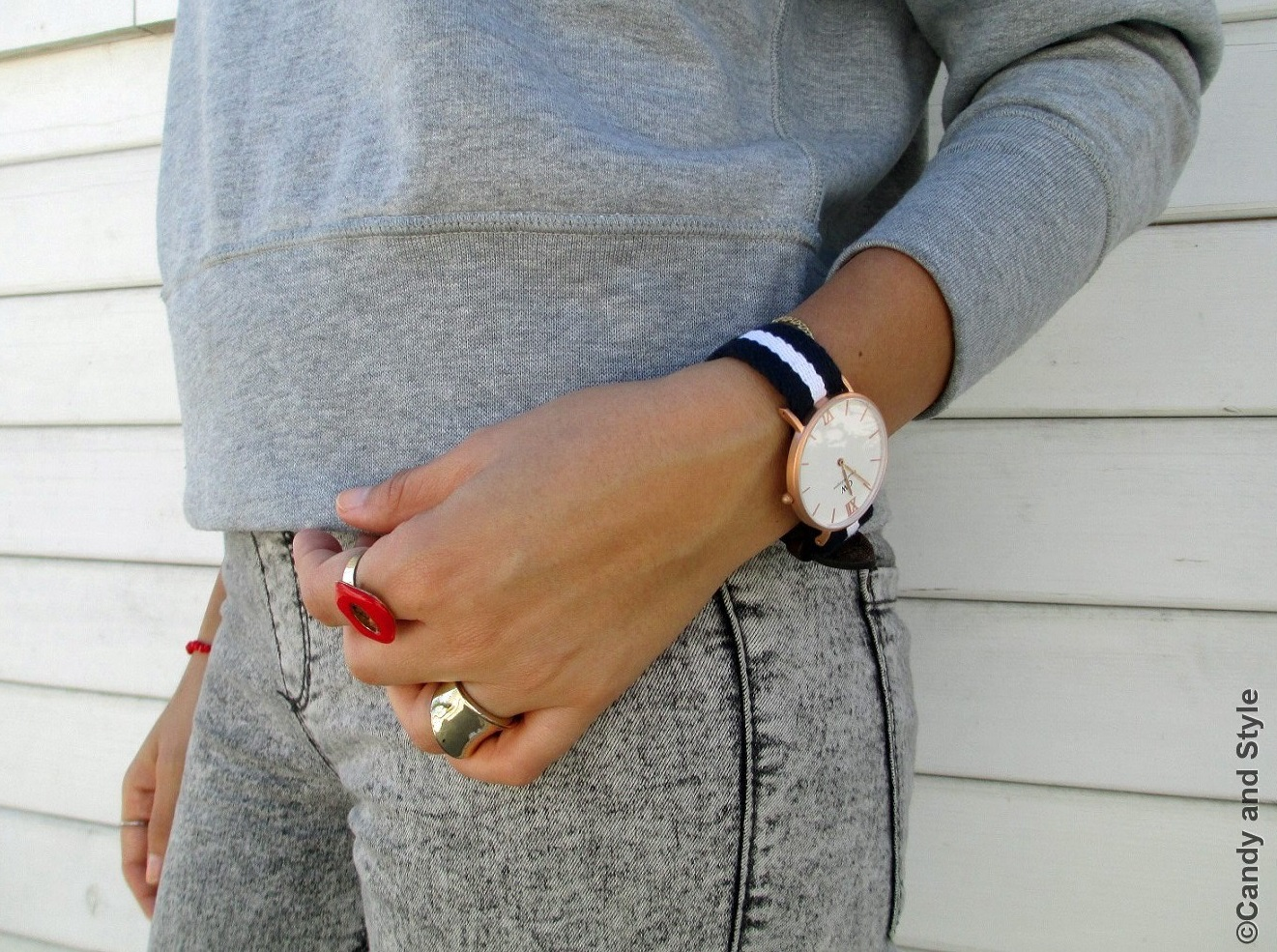 Details - Daniel Wellington Watch