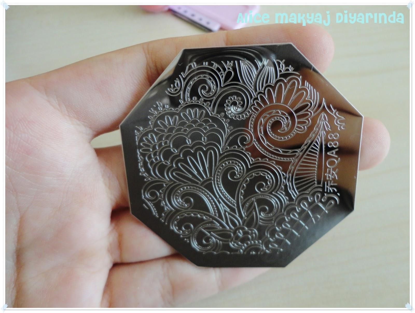 Born Pretty Store Arabesque Nail Art Stamp Template