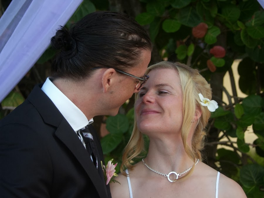 intimate vow renewals abroad