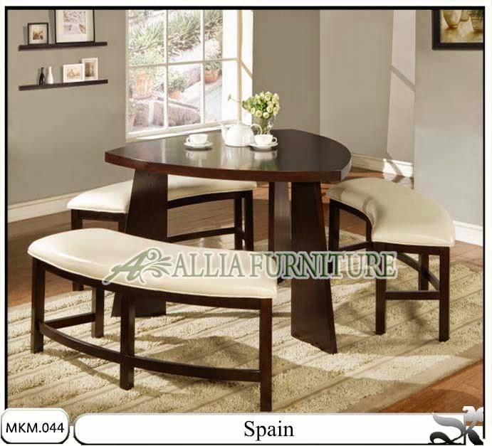 Kursi dan meja makan minimalis spain