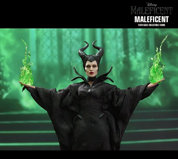 Action Figure Hot Toys Malévola