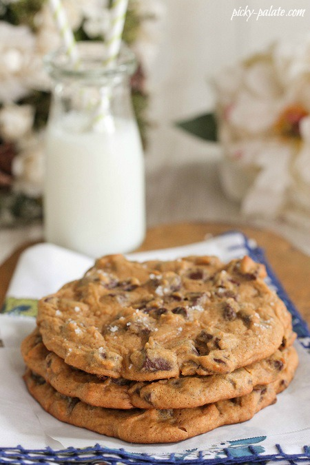 time to time i made these giant salted pumpkin chocolate chunk cookies ...