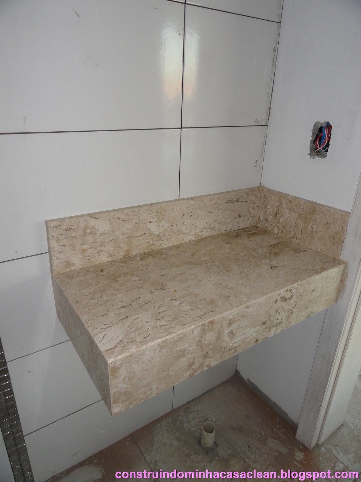linda!! Essa bancada também tem 10 cm de saia e 10 cm de espelho #8C3F89 1200x1600 Bancada De Banheiro Em Marmore Carrara