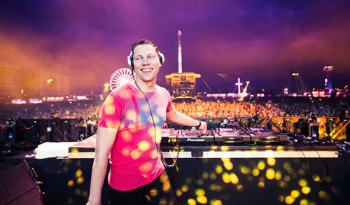 Tiesto là DJ giàu nhất thế giới