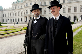 A-Dangerous-Method-Viggo-Mortensen_Michael-Fassbender