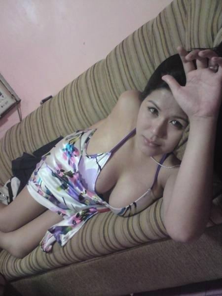 Foto Hot Tante Siap Ngentot Liar Dengan Pasangan