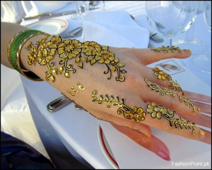 Glitter-Mehandi